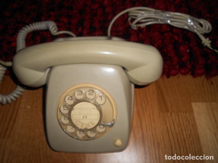 Teléfonos: Teléfono de rueda antiguo COLOR GRIS - vintage - modelo heraldo - CTNE BUEN ESTADO - Foto 3 - 182276863