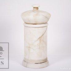 Antigüedades: ANTIGUO ALBARELO DE FARMACIA DE ALABASTRO - MEDIDAS 13 X 13 X 27,5 CM. Lote 182282923
