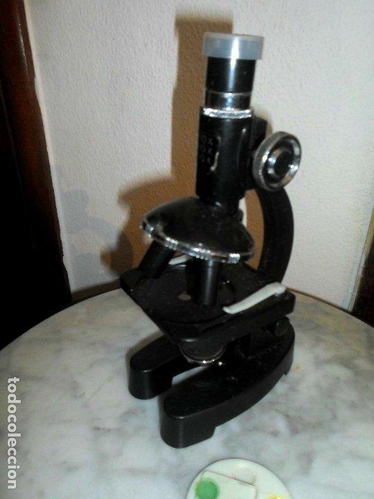 PEQUEÑO MICROSCOPIO 100 / 300 / 600 - BAQUELITA - 18,5 CM DE ALTO (Antigüedades - Técnicas - Instrumentos Ópticos - Microscopios Antiguos)
