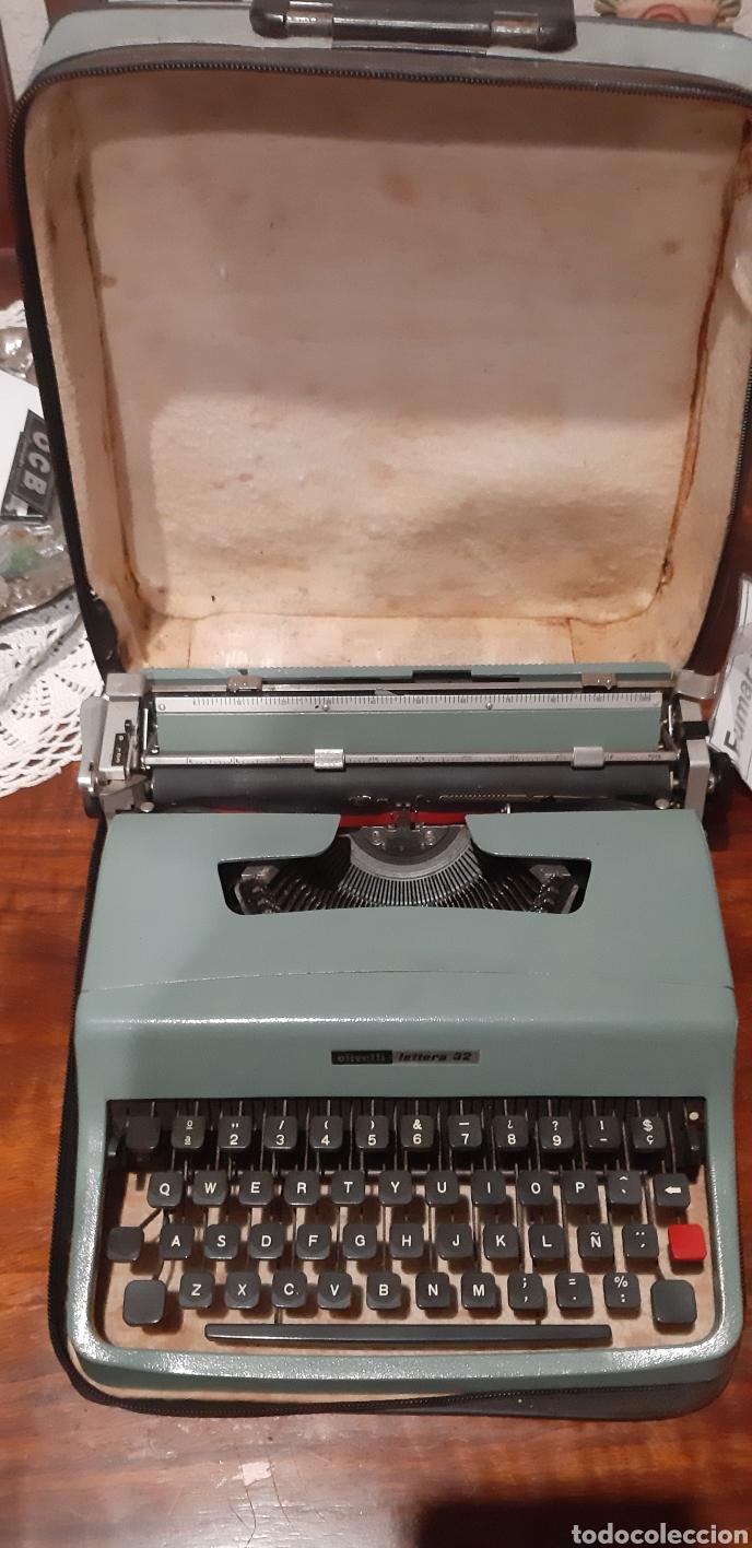 MAQUINA DE ESCRIBIR. OLIVETTI LETTERA 32. (Antigüedades - Técnicas - Máquinas de Escribir Antiguas - Olivetti)