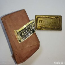 Antigüedades: CUBA. PRE REVOLUCION. SELLO DE BRONCE. RADIOS, DISCOS, RCA EL REGALO. MED : 5.5X 3.5 CM APROX.. Lote 182564671