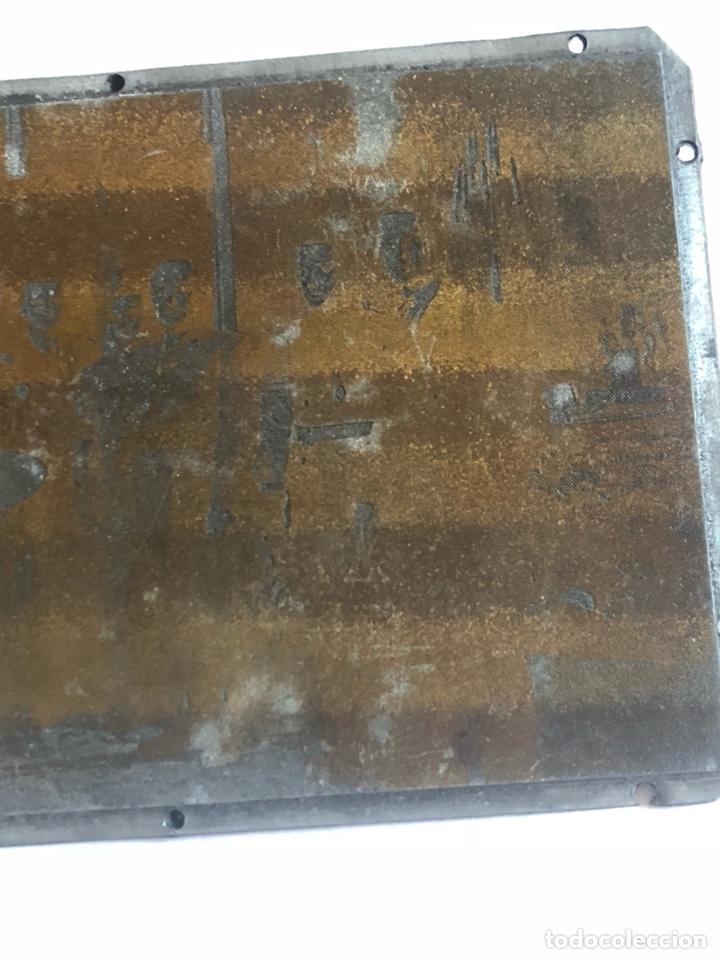 Antigüedades: Lote de tres placas metálicas, para imprenta o fotografías - Foto 6 - 182584595