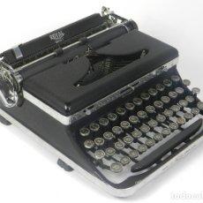 Antigüedades: MAQUINA DE ESCRIBIR ROYAL QUIET AÑO 1939 TYPEWRITER SCRHEIBMASCNINE. Lote 182587260
