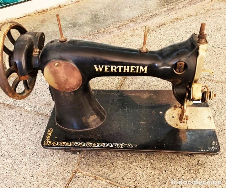 Antigüedades: Máquina de coser antigua Wertheim - Foto 2 - 182597823