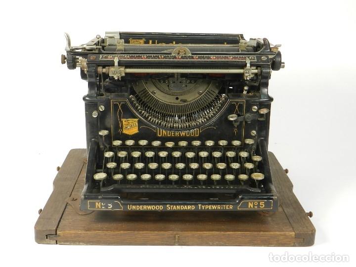 Antigüedades: MAQUINA DE ESCRIBIR UNDERWOOD Nº5 AÑO 1915 TYPEWRITER SCHREIBMASCHINE - Foto 3 - 182603403