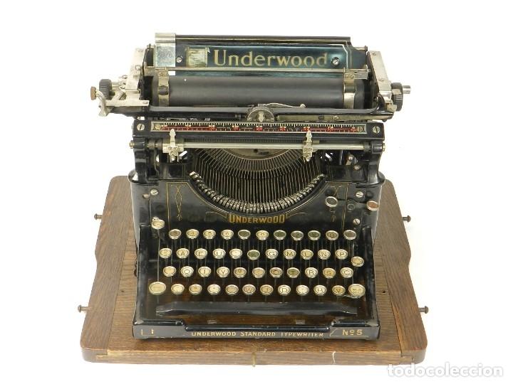 Antigüedades: MAQUINA DE ESCRIBIR UNDERWOOD Nº5 AÑO 1918 TYPEWRITER SCRHEIBMASCHINE - Foto 4 - 182610326