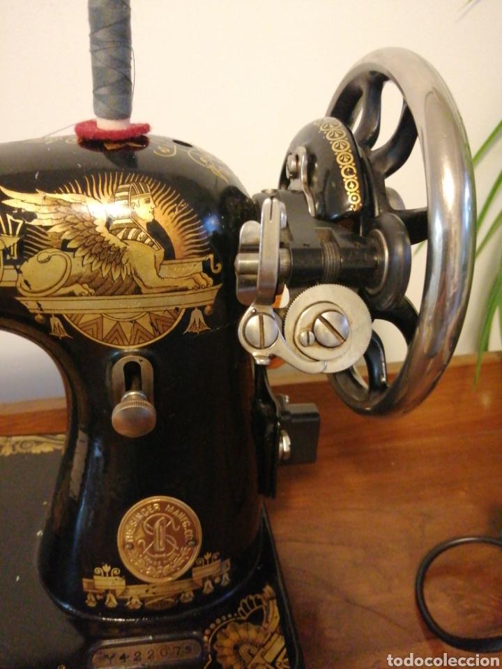Antigüedades: Máquina de coser antigua Singer años 30 - Foto 2 - 182615623