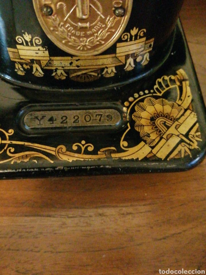 Antigüedades: Máquina de coser antigua Singer años 30 - Foto 3 - 182615623