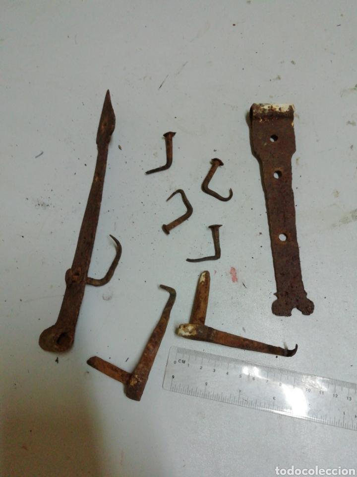 Antigüedades: Dos bisagras de forja - Foto 3 - 182681762