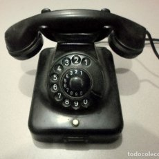 Teléfonos: TELÉFONO DE BAQUELITA AÑOS 50. Lote 182684141