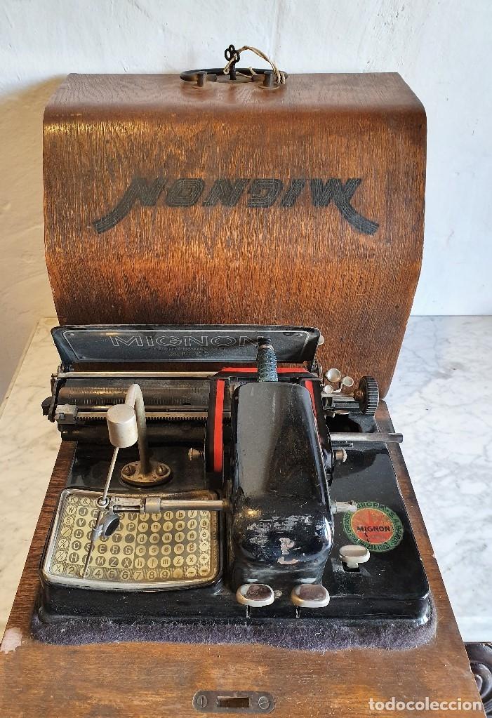 ANTIGUA MAQUINA DE ESCRIBIR (Antigüedades - Técnicas - Máquinas de Escribir Antiguas - Otras)