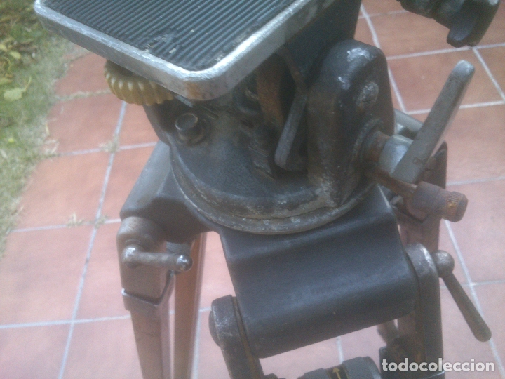 Antigüedades: ANTIGUO TRÍPODE RTVE EXTENSIBLE DE MADERA PARA CÁMARA DE TELEVISION - Foto 21 - 182882297