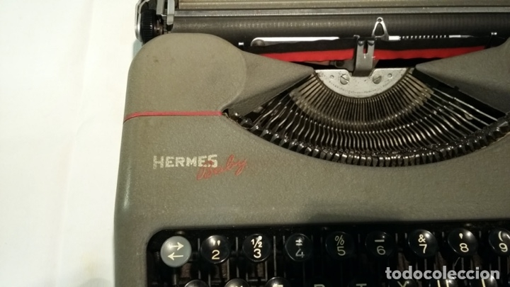 Antigüedades: Máquina de escribir portátil Hermes Baby. - Foto 2 - 182901130