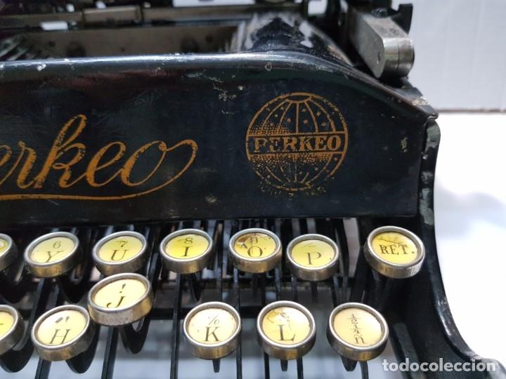 Antigüedades: Máquina escribir PERKEO Portatil made in Spain extremadamente dificil - Foto 3 - 183034812