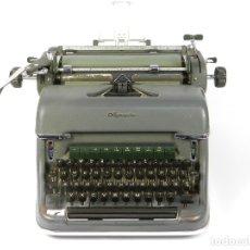 Antiquités: MAQUINA DE ESCRIBIR OLYMPIA SG1 AÑO 1958 TYPEWRITER SCRHEIBMASCHINE. Lote 183075026