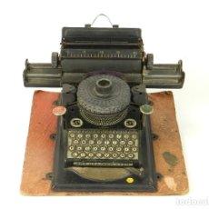 Antigüedades: MAQUINA DE ESCRIBIR JUNIOR GSN AÑO 1925 TYPEWRITER SCRHEIBMASCHINE. Lote 183075468