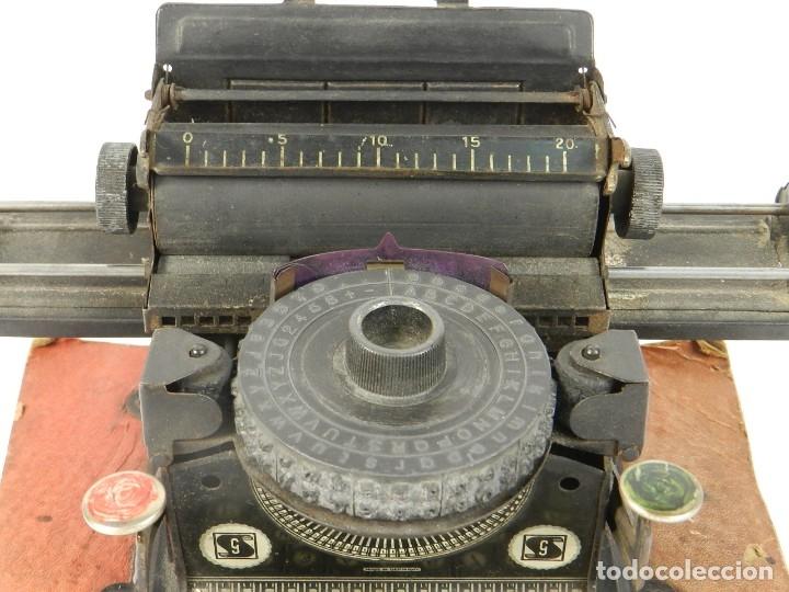 Antigüedades: MAQUINA DE ESCRIBIR JUNIOR GSN AÑO 1925 TYPEWRITER SCRHEIBMASCHINE - Foto 4 - 183075468