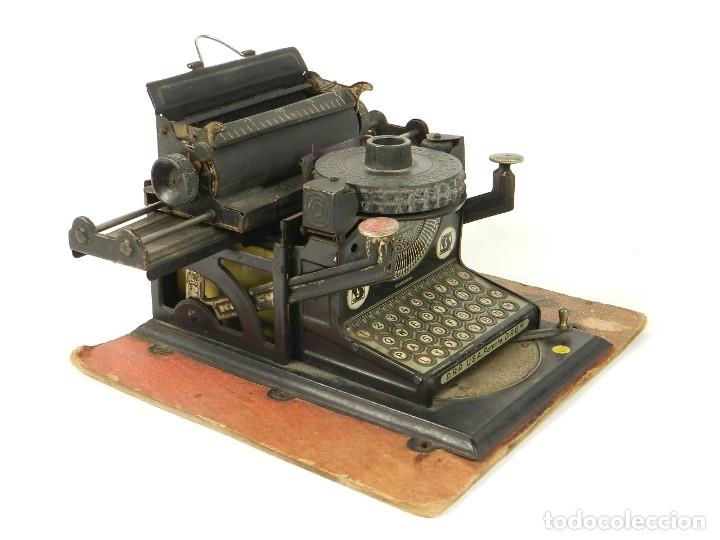Antigüedades: MAQUINA DE ESCRIBIR JUNIOR GSN AÑO 1925 TYPEWRITER SCRHEIBMASCHINE - Foto 5 - 183075468