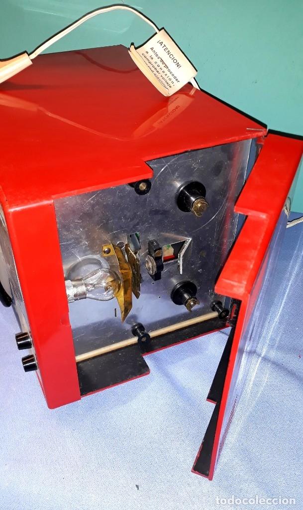 Antigüedades: TELE PROYECTOR DE SUPER 8 XAFMAS TELEVISION DE 6 PULGADAS AÑOS 60 ORIGINAL MADE IN SPAIN FUNCIONA - Foto 6 - 183256817