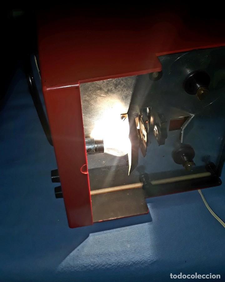Antigüedades: TELE PROYECTOR DE SUPER 8 XAFMAS TELEVISION DE 6 PULGADAS AÑOS 60 ORIGINAL MADE IN SPAIN FUNCIONA - Foto 8 - 183256817