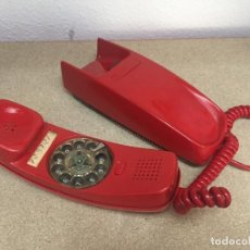 Teléfonos: ANTIGUO TELEFONO DE PARED GONDOLA ROJO. Lote 183344100