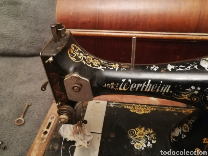Antigüedades: Maquina coser portatil wertheim - Foto 4 - 183467873