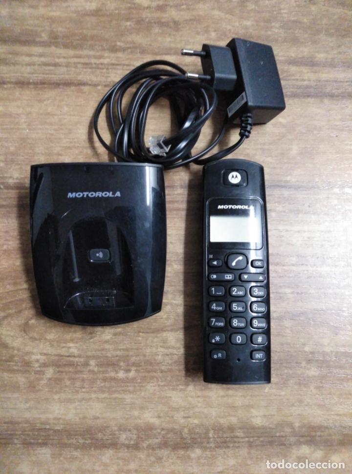 MFF.- TELEFONO INALAMBRICO MOTOROLA.MOD. D101 ES DIGITAL CORDLESS.- SOPORTE DE SOBREMESA CON (Antigüedades - Técnicas - Teléfonos Antiguos)