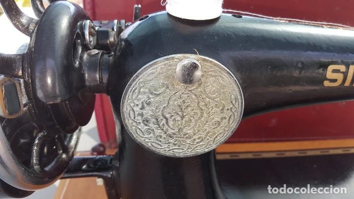 Antigüedades: Máquina de coser Singer antigua año 1920, cose bien - Foto 11 - 183480673