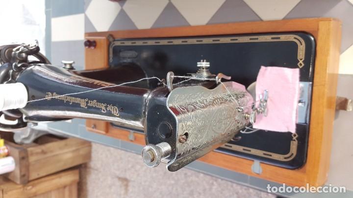 Antigüedades: Máquina de coser Singer antigua año 1920, cose bien - Foto 13 - 183480673