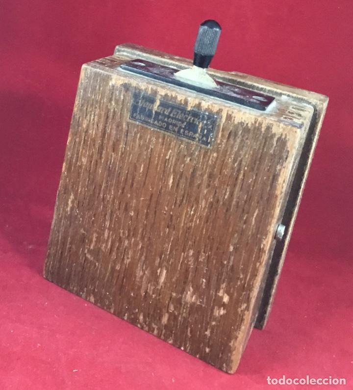 Teléfonos: Antigua llave conmutadora, de madera, para uso telefónico, de Standard Eléctrica, para la CTNE - Foto 2 - 183662572