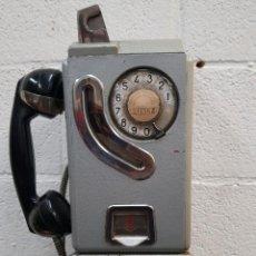Teléfonos: ANTIGUO TELÉFONO DE FICHAS CABINA TELEFÓNICA AÑOS 50. Lote 183693373