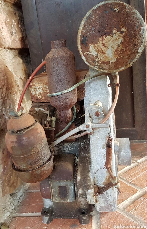 Antigüedades: Antiguo y magnífico motor campeón fabricación española con instrucciones completo zxy - Foto 3 - 183699856