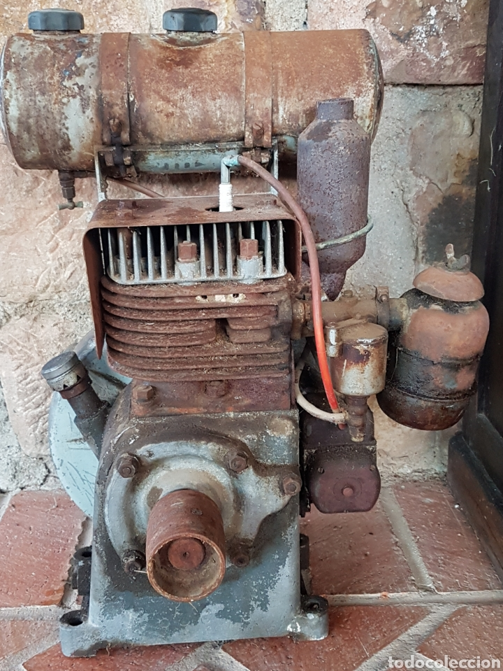 Antigüedades: Antiguo y magnífico motor campeón fabricación española con instrucciones completo zxy - Foto 6 - 183699856