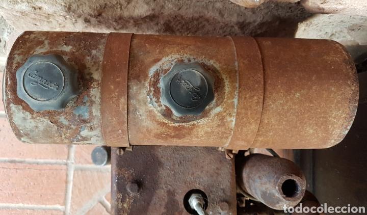 Antigüedades: Antiguo y magnífico motor campeón fabricación española con instrucciones completo zxy - Foto 7 - 183699856