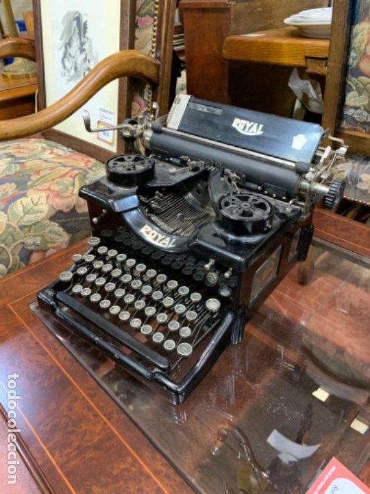 MÁQUINA ESCRIBIR ANTIGUA ROYAL (Antigüedades - Técnicas - Máquinas de Escribir Antiguas - Royal)