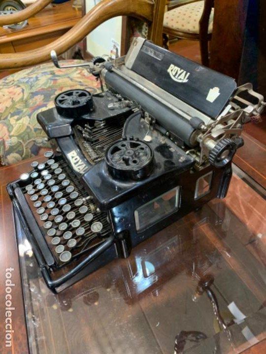 Antigüedades: Máquina escribir antigua Royal - Foto 4 - 183779817