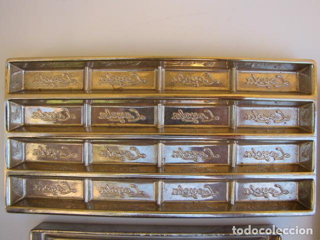 Antigüedades: Instrumentos repostería chocolate. Loyola Guipuzcua Oñate. Moldes y mangas - Foto 3 - 183797618
