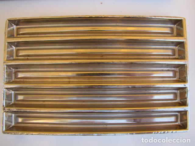 Antigüedades: Instrumentos repostería chocolate. Loyola Guipuzcua Oñate. Moldes y mangas - Foto 5 - 183797618