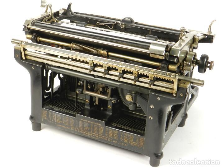 Antigüedades: MAQUINA DE ESCRIBIR UNDERWOOD Nº5 AÑO 1916 TYPEWRITER SCRHEIBMASCHINE - Foto 10 - 183834658
