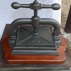 Antigüedades: PRENSA ENCUADERNACION. Lote 183839283