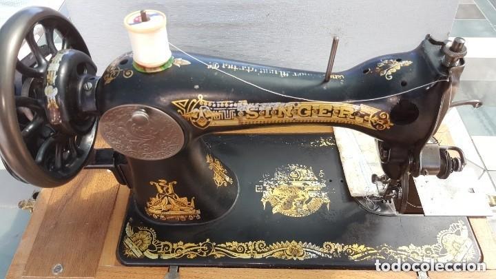 Antigüedades: Máquina de coser Singer antigua 1908, cose bien - Foto 2 - 225882570
