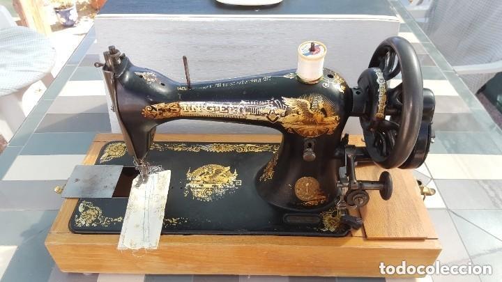 Antigüedades: Máquina de coser Singer antigua 1908, cose bien - Foto 4 - 225882570