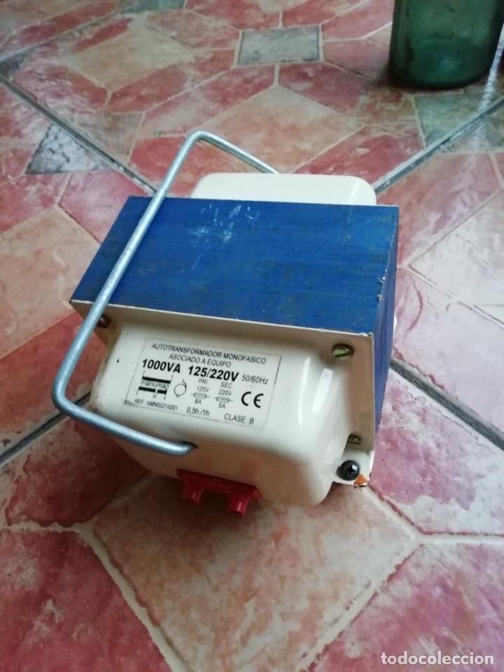 ANTIGUO TRANSFORMADOR ELECTRICIDAD HOGAR MONOFASICO 125/200 VOLTIOS (Antigüedades - Técnicas - Herramientas Profesionales - Electricidad)