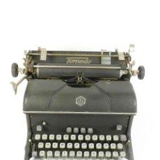 Antigüedades: MAQUINA DE ESCRIBIR TORPEDO AÑO 1950-1960 TYPEWRITER SCHREIBSMASCHINE. Lote 184007206
