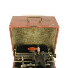 Antigüedades: MAQUINA DE ESCRIBIR GENIA AÑO 1913 + COFRE TYPEWRITER SCHREIBSMASCHINE. Lote 184007527