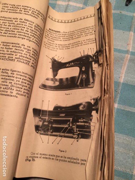 Antigüedades: Antigua caja de cartón de maquinas de coser marca Alfa S.A. Eibar años 40-50 - Foto 11 - 184048857