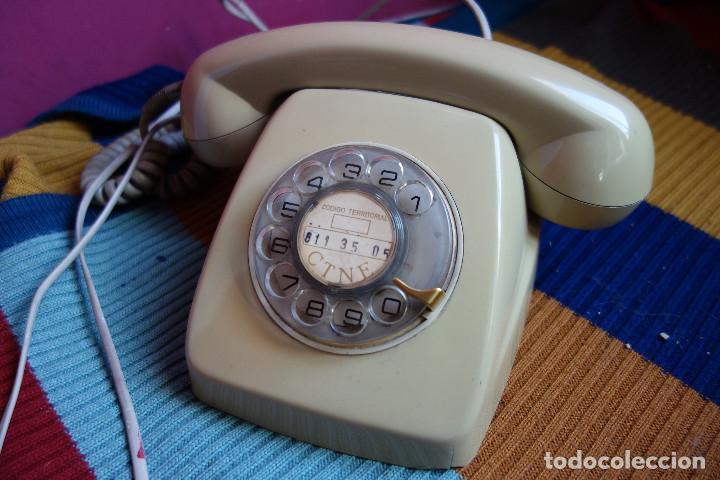 TELÉFONO DE RUEDA ANTIGUO COLOR GRIS - VINTAGE - MODELO HERALDO - CTNE (Antigüedades - Técnicas - Teléfonos Antiguos)