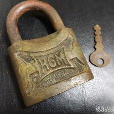 Antigüedades: CANDADO RGM CON LLAVE.. Lote 184214260