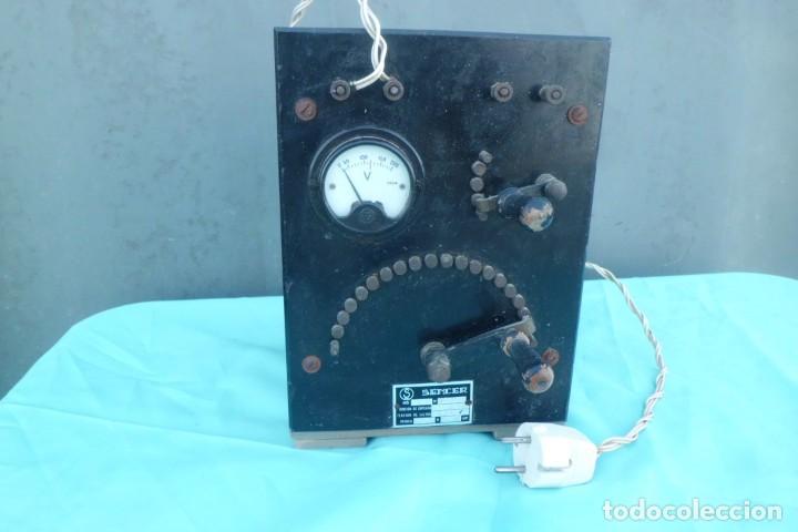 ESPECTACULAR VOLTIMETRO Y TRANSFORMADOR AÑOS 40, MUY GRANDE (Antigüedades - Técnicas - Herramientas Profesionales - Electricidad)