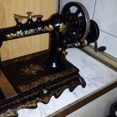 Antigüedades: ANTIGUA MAQUINA DE COSER.FRANCIA,PARIS.MUY BUEN ESTADO,VER FOTOS. Lote 184280411